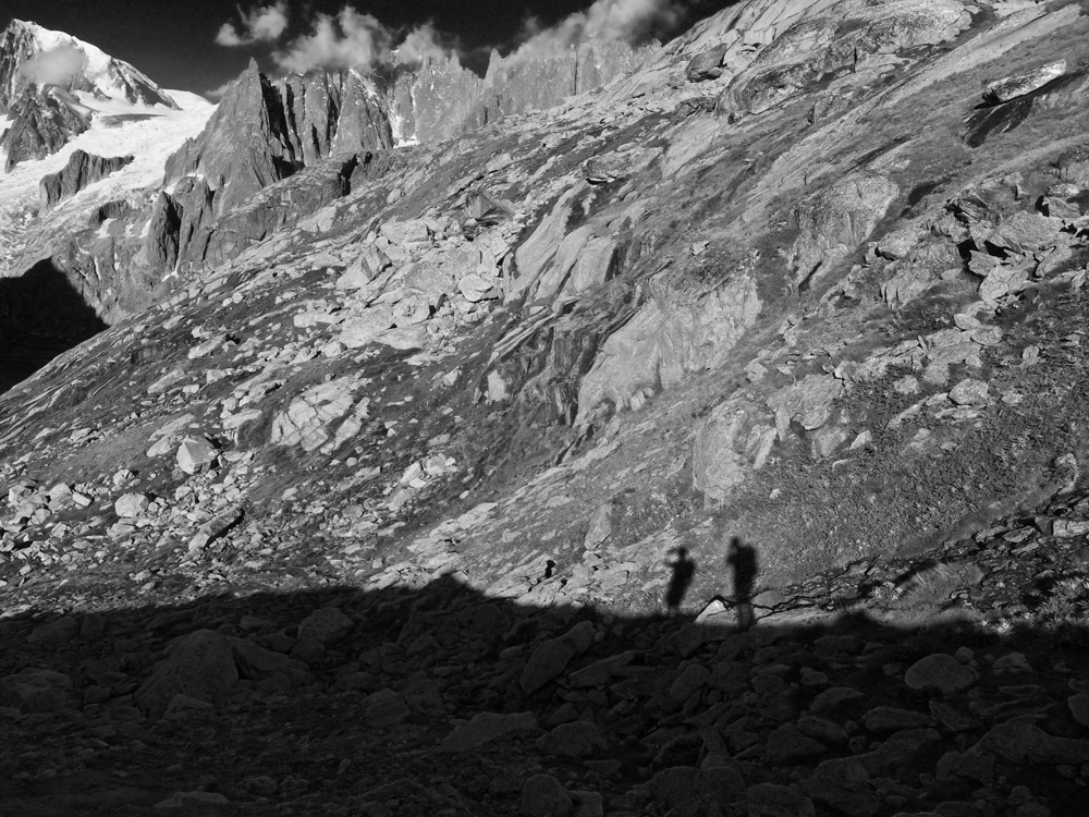 Mountainscape-01B-BW.jpg