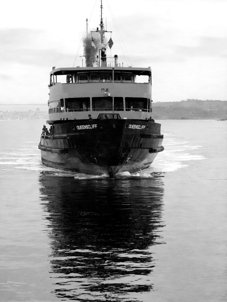 Sydney-Harbour-Ferry-01.jpg