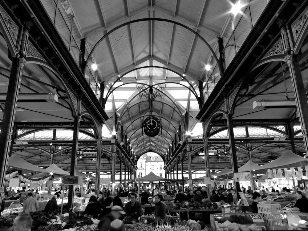 Dijon-Market-01-BW.jpg