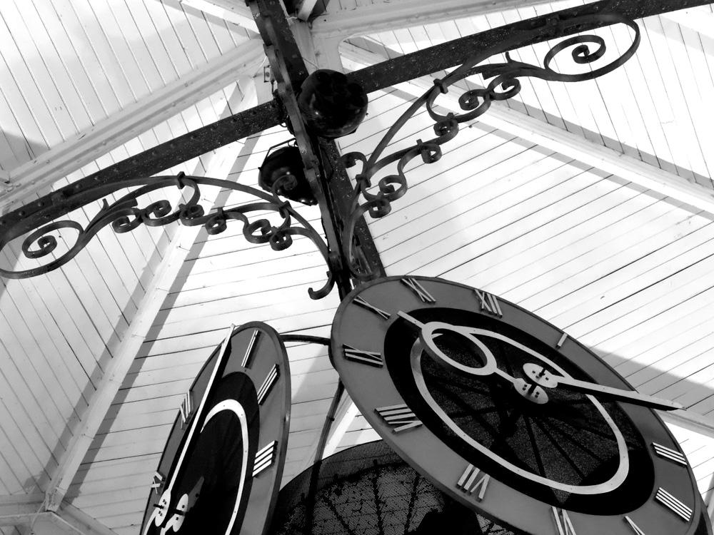 Dijon-Market-02-BW.jpg