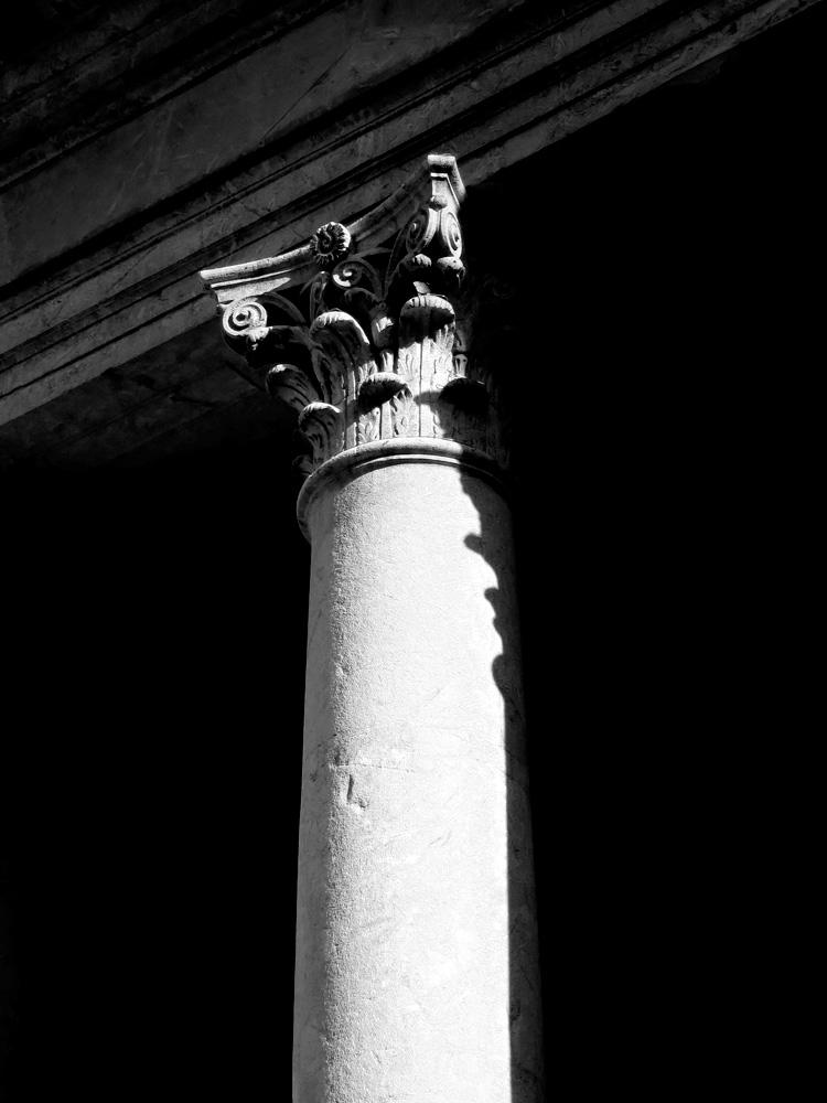 Geneva-Church-Pillar-01.jpg