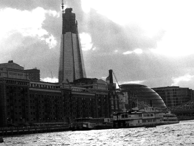 Thames 04 BW Ludwig Haskins
