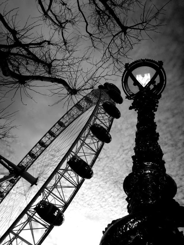 Millenium Wheel 2012 02 24 BW